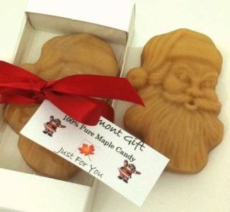 NEW - Santa Maple Candy Gift