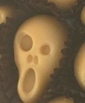 Halloween SCREAMING SCARY Face maple candy gift box