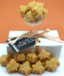 Maple Candy Leafs Gift Box